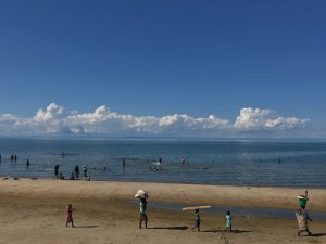 Lake Malawi on a Monday afternoon